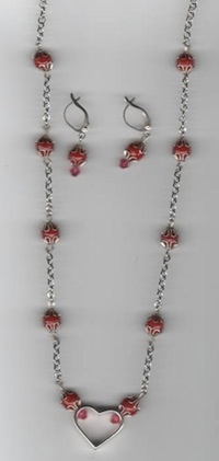 #116S Silver - Heart shaped Necklace with earrings